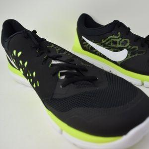 sports shoes 8559e eebf3 Nike Flex Run 2015 709022-004 Black White Men shoe